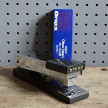 Ofrex stapler with staples