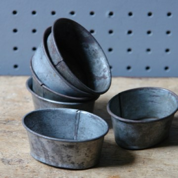 Small oval bake tins | H is for Home