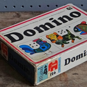 Children's picture dominoes