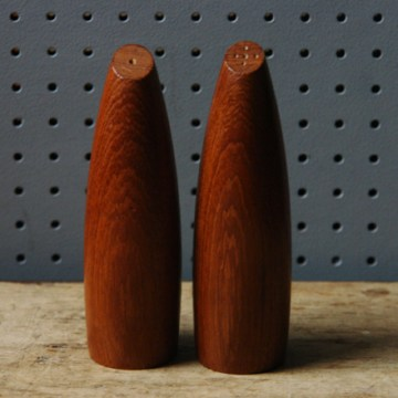 Vintage teak salt and pepper pots | H is for Home