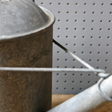 Zinc watering can