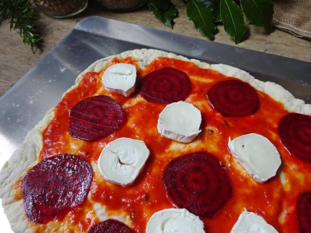 Dressed beetroot and goats cheese pizza prior to going into the oven | H is for Home