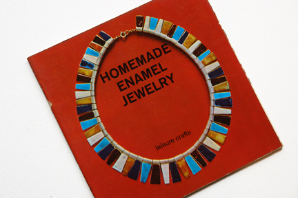 cover of a vintage craft booklet showing how to make hand made jewellery