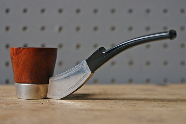 Vintage smoker's pipe | H is for Home
