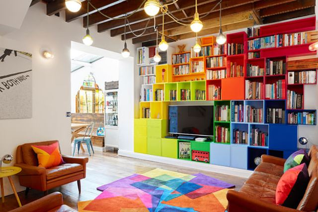 Colourful multifunctional family room