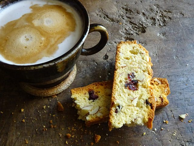 Home-made cranberry almond biscotti with cup of coffee | H is for Home #recipe #biscotti #baking #biscuits