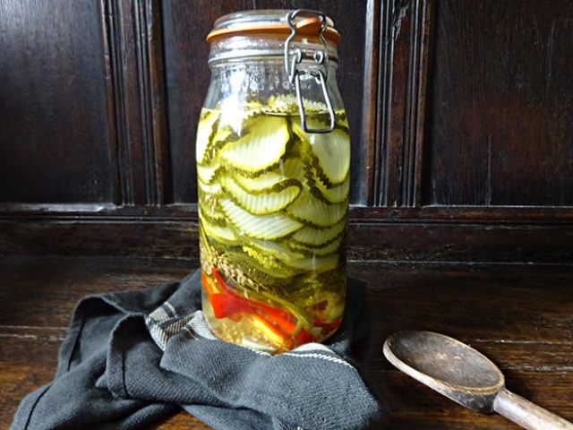 Home-made pickled courgettes
