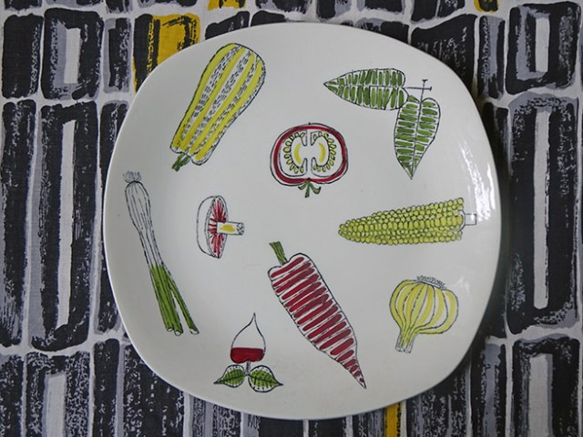 Vintage Midwinter Salad Ware plate designed by Terence Conran | H is for Home