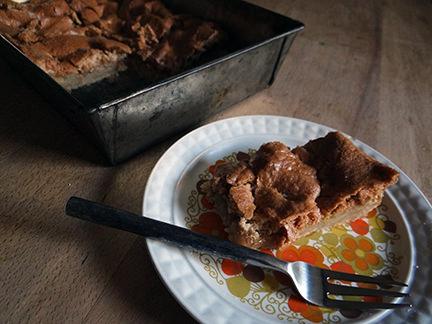 Home-made walnut scotchies slice | H is for Home #recipe #scotchie #scotchies