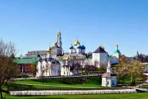 谢尔盖圣三一修道院,俄罗斯谢尔吉耶夫镇
