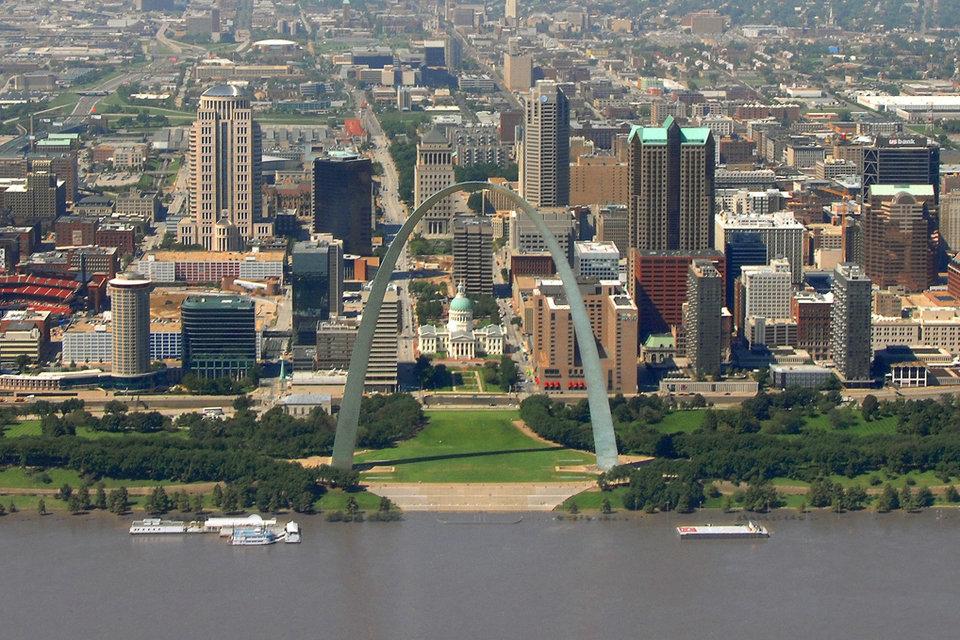 Architektur von St. Louis – HiSoUR Kunst Kultur Ausstellung