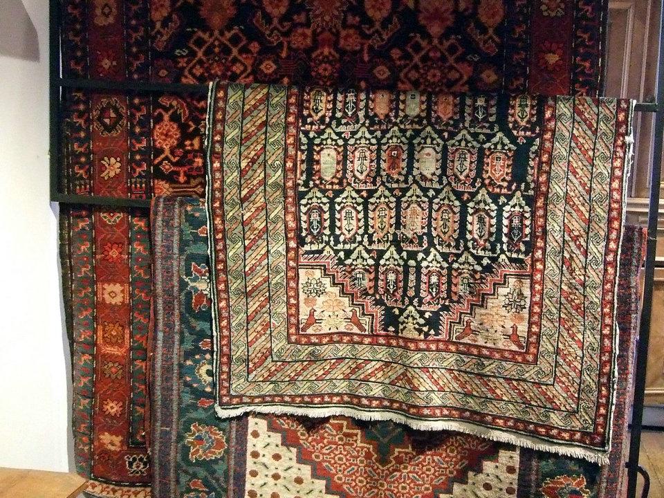 Alfombra armenia – HiSoUR Arte Cultura Historia