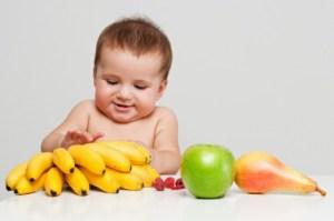 Enseña a tu hijo a comer saludablemente