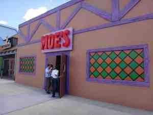 Moe´s Tavern en zona de Los Simpson