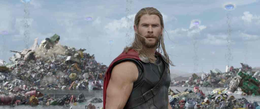 Thor Ragnarok con Chris Hemsworth