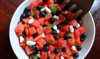 Refrescante y veraniega receta de ensalada de sandía
