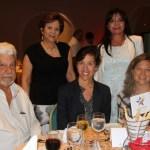 Diana de Lequerica y Yolanda Castillo, Jaime Borda, Laura Lachman y Kimberly Harrington.