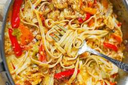 Mexican Pasta With Chicken and Peppers