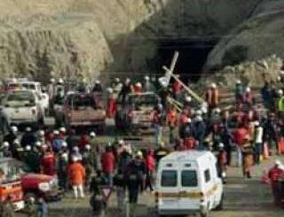 Mineros chilenos atrapados sin salida