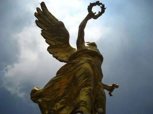 México: el doblar de las campanas