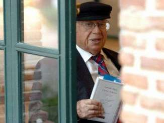 Murió el poeta chileno gonzalo rojas