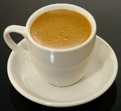 Chícharos acabaditos de colar: el cataclismo del café cubano
