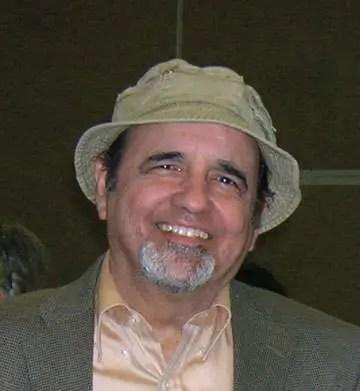 Roberto alvarez quinones