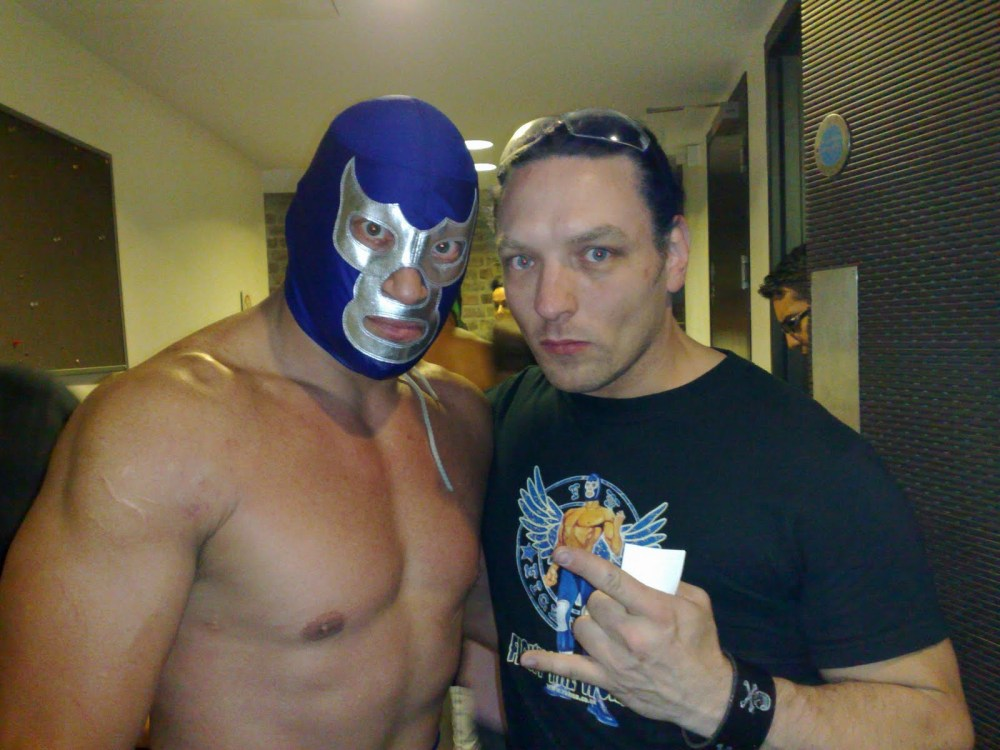Mexican wrestling at the London School of Lucha Libre (2/3)