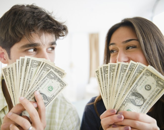 Should You Really Be Splitting the Bills With Your Partner?