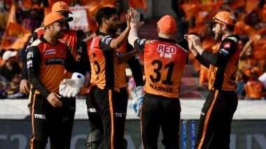 SRH vs RCB 6th IPL Match 2021: सनराइजर्स हैदराबाद की घातक गेंदबाजी, रॉयल चैलेंजर्स बैंगलौर ने बनाए 149 रन