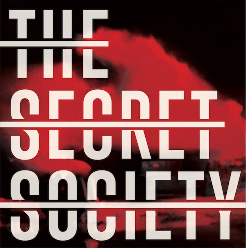 The Secret Society - Hacemos ruidos raros al rompernos (2017)