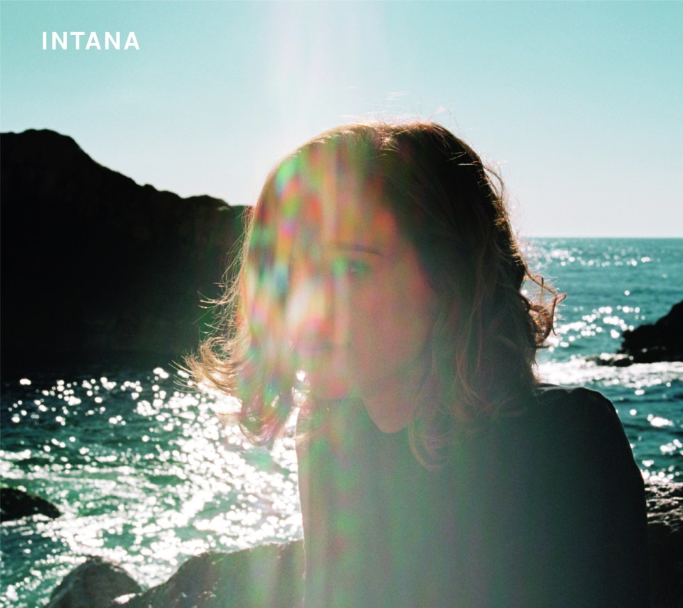 AAFF - INTANA CD Label.indd