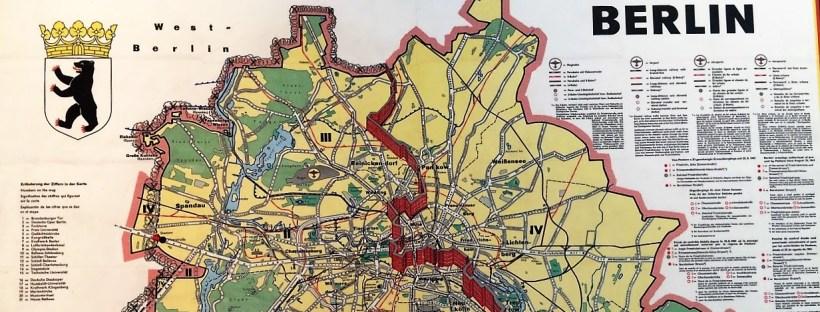 photo d'un plan de Berlin divisé en sections après la seconde guerre mondiale
