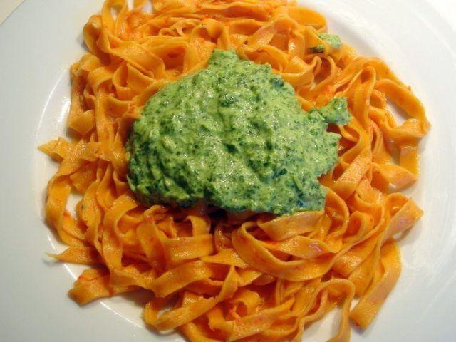 tagliatelle rouges sauce verte