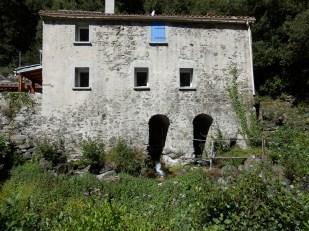 Moulin de Font Marie à Roquevert.