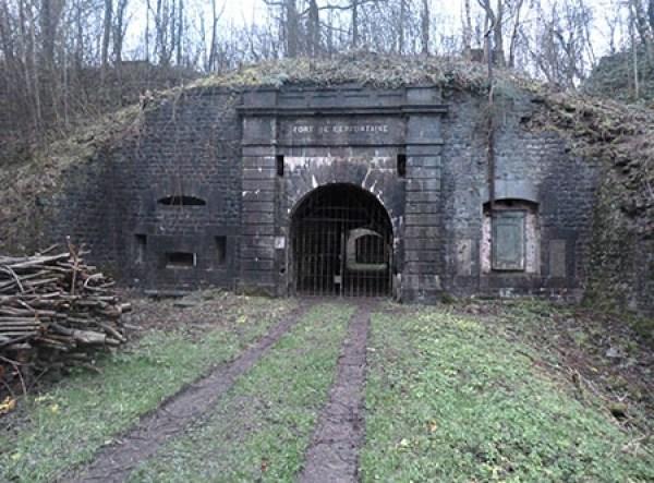 L'entrée du Fort de Cerfontaine