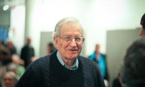 Biografía de Noam Chomsky