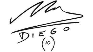 Firma de Maradona