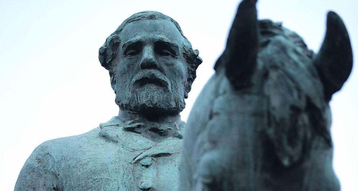 Quién fue el general Robert E. Lee, cuya estatua desató la violencia en Charlottesville