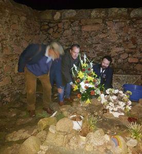 Homenaxe no Cemiterio dos Ingleses / QPC