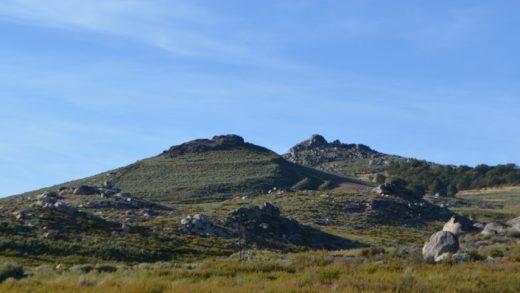 Que hai detrás de Formigoso, o castelo de 13 hectáreas no que se moveron 100.000t de pedra e áridos?