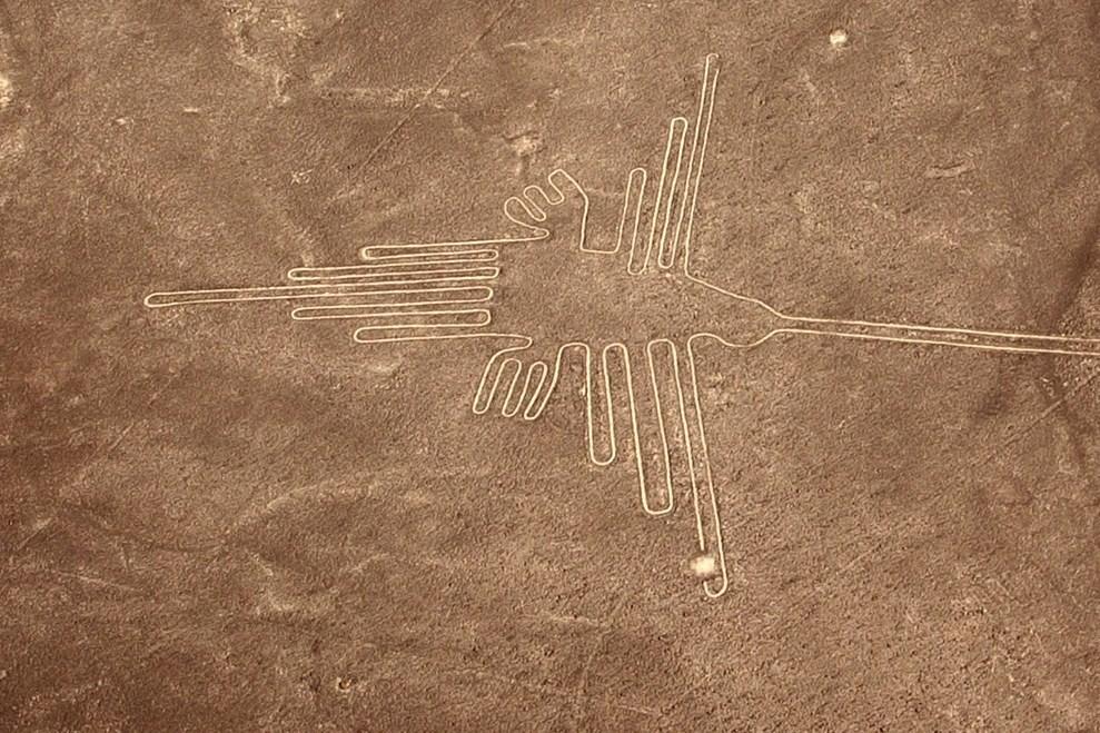 https://i2.wp.com/historiadegalicia.gal/wp-content/uploads/2021/01/Li%C3%B1as-Nazca-foto-monikawl999-CC0-b-copia.jpg