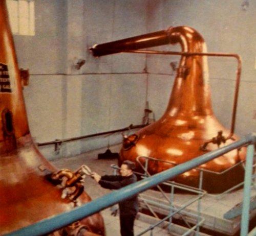 alambiques clásicos de whisky