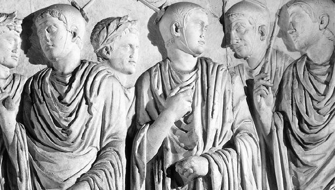 Representación en el altar del Ara Pacis en Roma de sacerdotes flamines, un cargo exclusivamente ejercido por patricios, no por plebeyos romanos