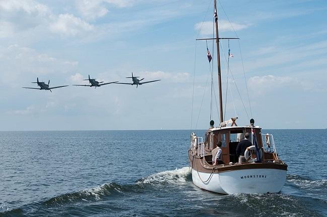 El yate Moonstone y sus tripulantes camino de Dunkerque en la película