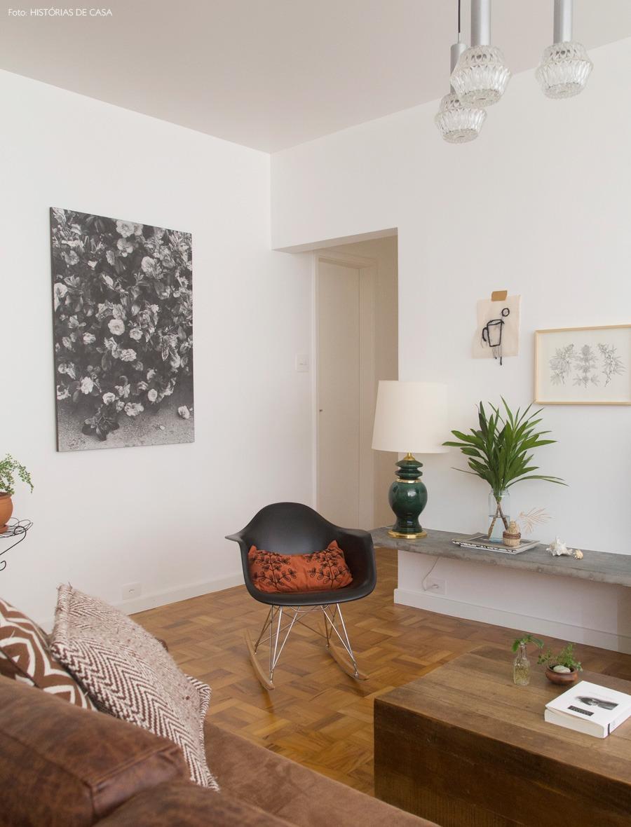 04-decoracao-sala-estar-eames-cadeira