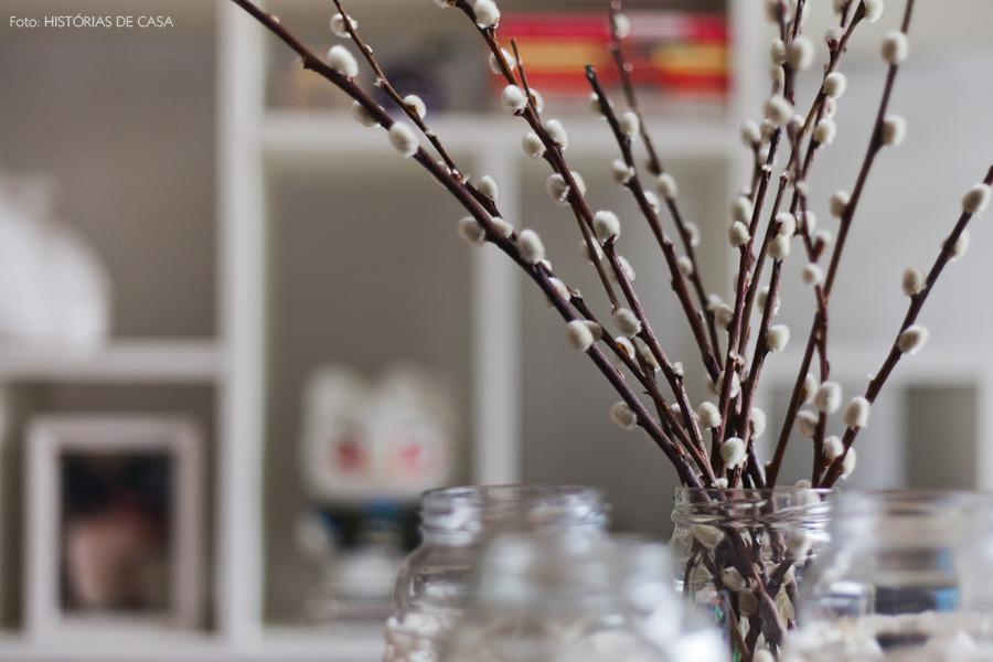 13-decoracao-flores-algodao-estante