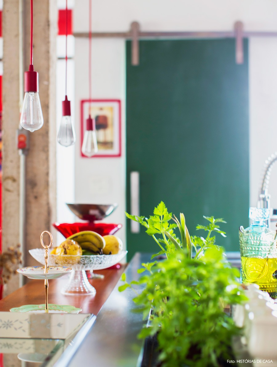 25-decoracao-cozinha-aberta-bancada-nicho-temperos