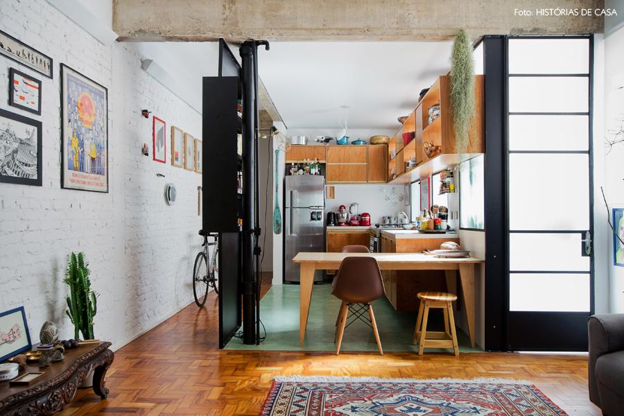 02-decoracao-apartamento-integrado-cozinha-aberta-ladrilho-hidraulico