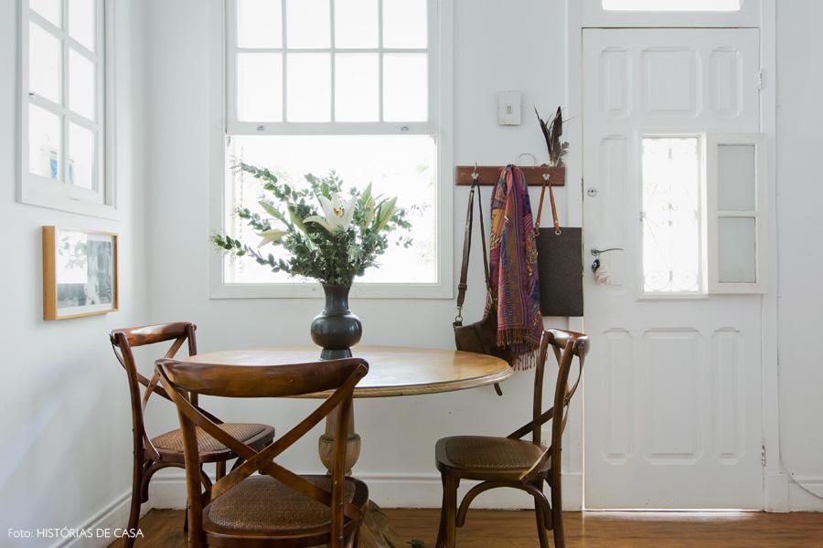 15-decoracao-casa-antiga-sala-jantar-mesa-thonet
